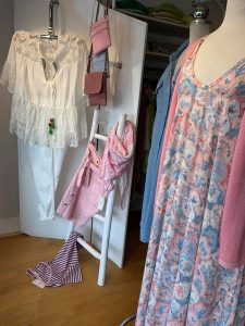 Tanja Jablonski Damen Mode Sommer Sale Schau mal im Fenster